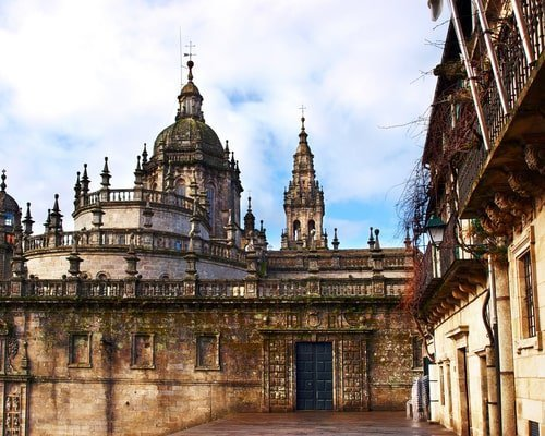 catedral galiwonders-min
